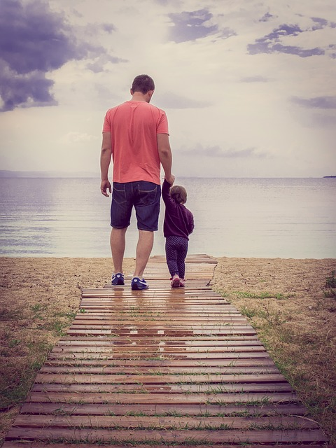 10 Fun Things Kids Can Do With Just Dad