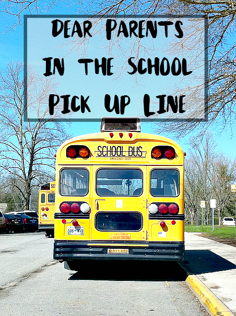 Dear Parents in the School Pick Up Line - Put down the smart phone, stop your convo and PAY ATTENTION to your KIDS. - sixtimemommy.com