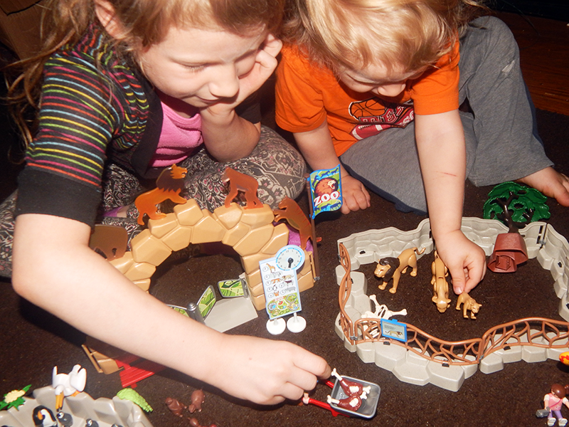 Fun to be Had With PLAYMOBIL City Life Theme – Large City Zoo + Giveaway