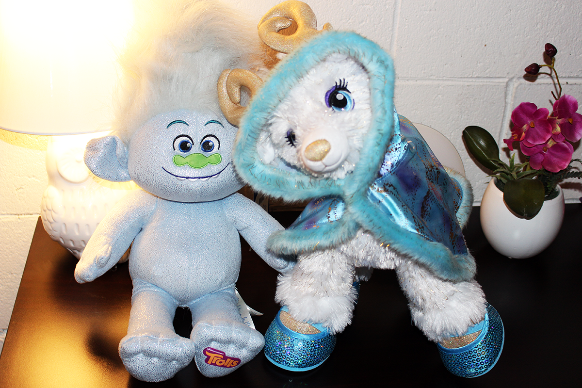 Cozy Up This Holiday Season With New Plush Friends From Build-A-Bear Workshop