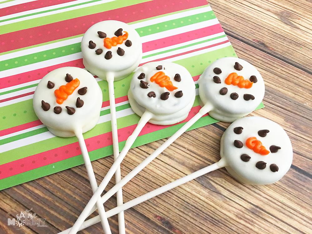 Snowmen Oreo Pops - sixtimemommy.com
