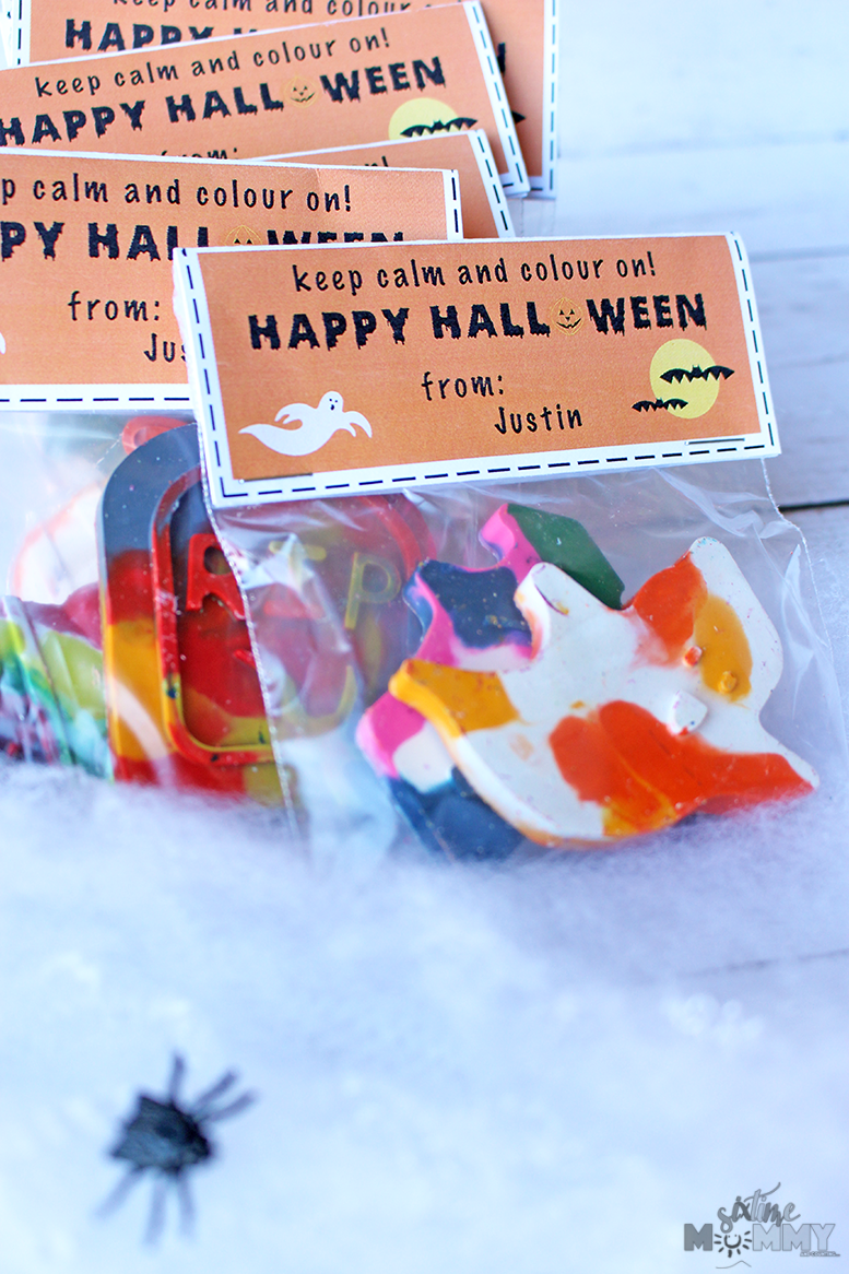 Non-Candy Halloween Classroom Treats + Free Printable! - sixtimemommy.com