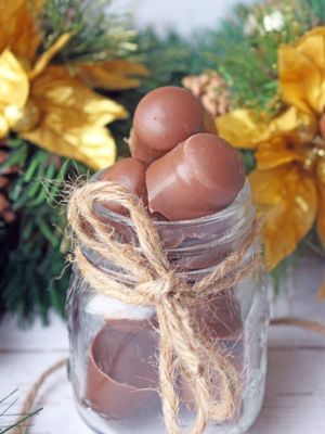 Give The Gift of Homemade Chocolate This Holiday Season: Chocolate Almonds